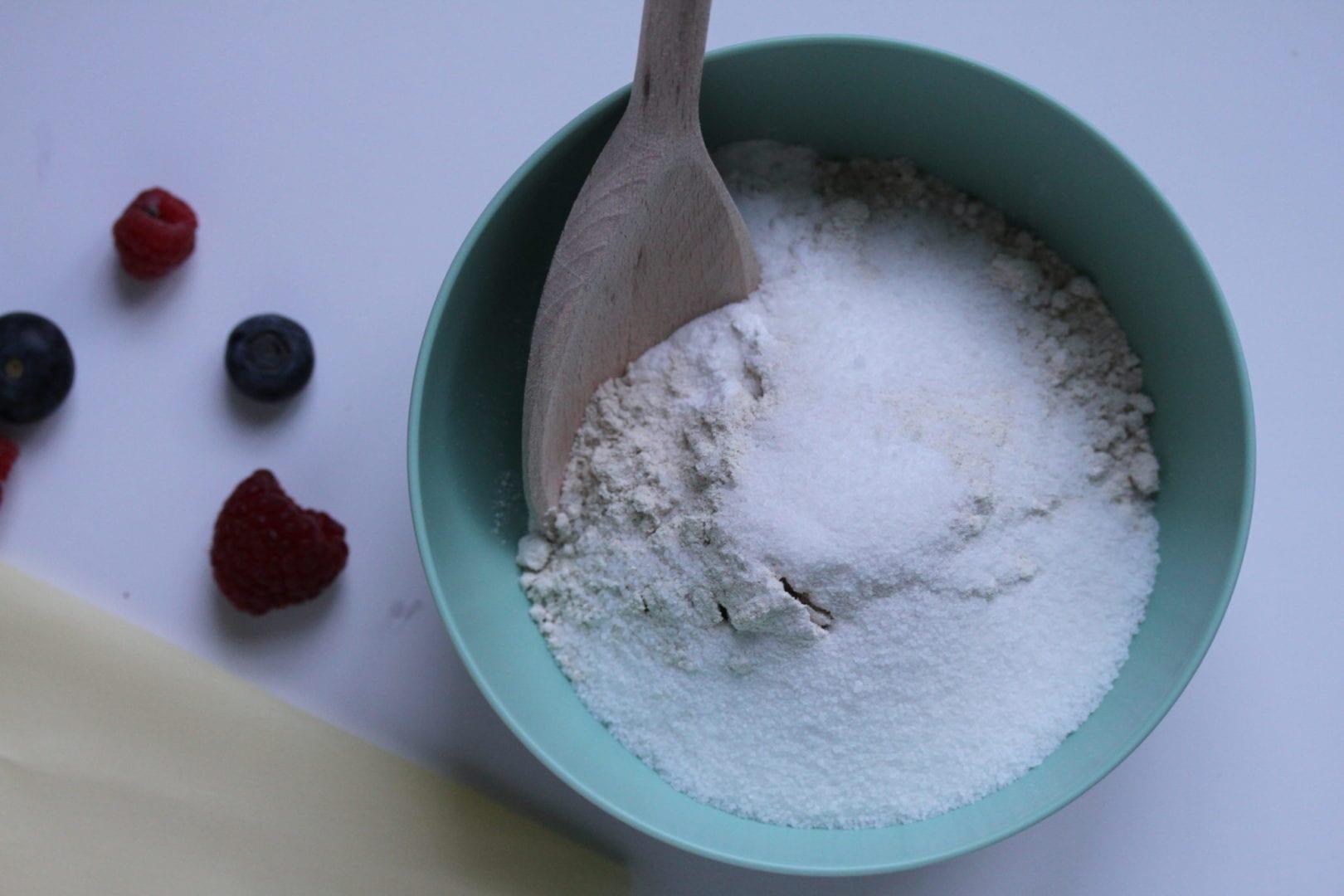 Best Sunday pancakes - gluten free pancakes - mixing dry ingredients