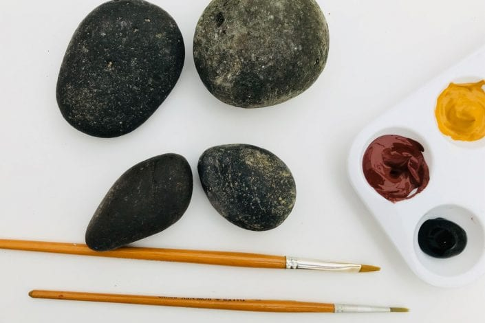 fun kids crafts hedgehog pebbles what you need - stones paintbrushes and brown paints
