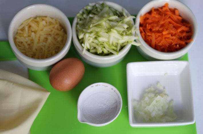 Vegetable waffles carrot and courgette - what you need 2 grated vegetables