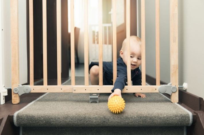 Babyproofing 101 - 16 ways to baby proof your home - childproof against these dangers in home
