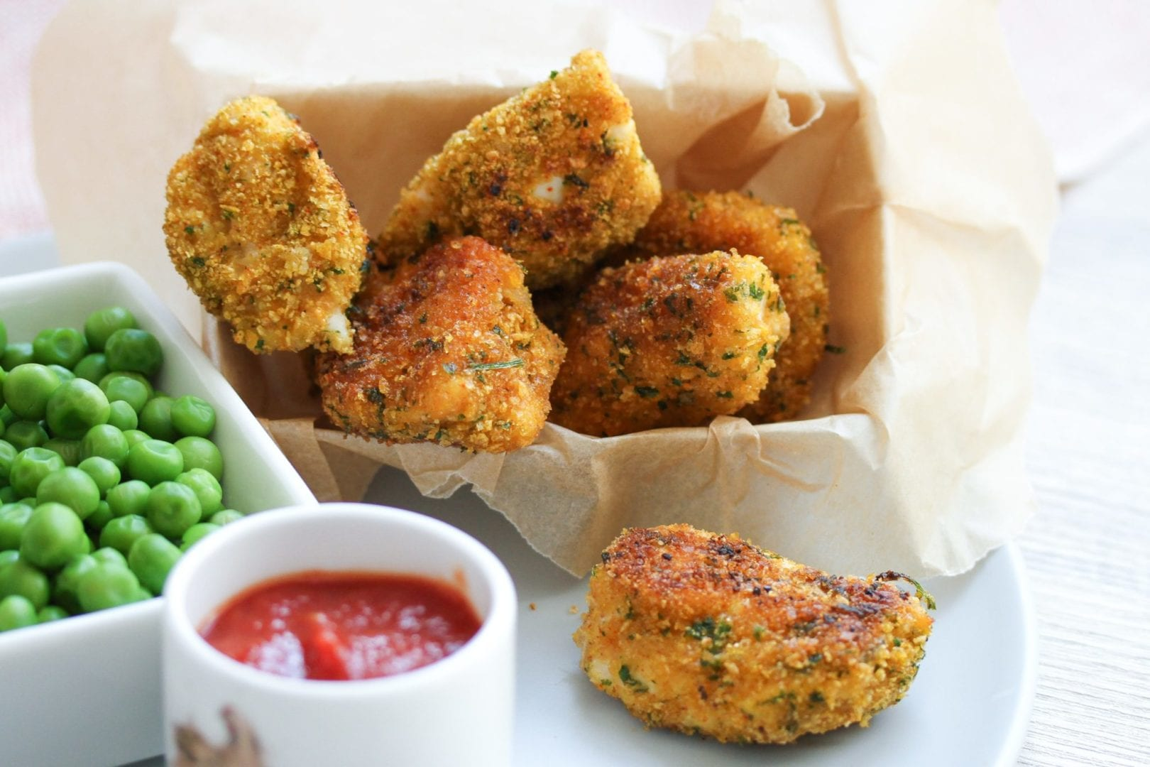 Gluten free chicken nuggets - healthy kids recipes - ready 24