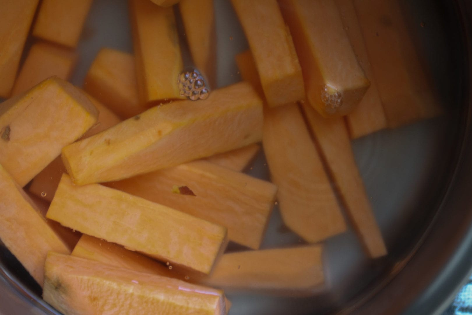Sweet potato chunky chips - healthy chips for kids (4)