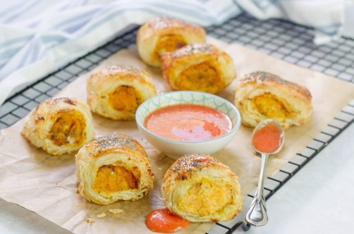 Vegetarian sausage rolls with squash and goat's cheese - delicious for party food or packed lunches