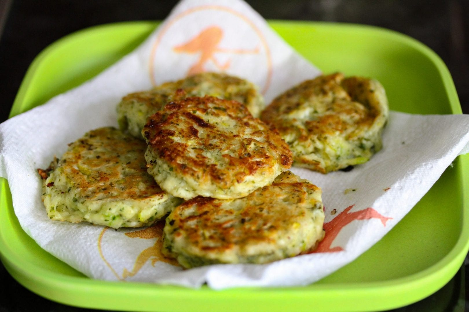 Courgette fritters - courgette patties - toddler food - veggie burgers