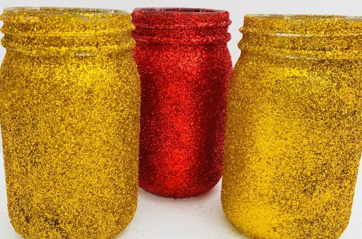 Christmas decorations - glitter jar - Christmas craft for kids