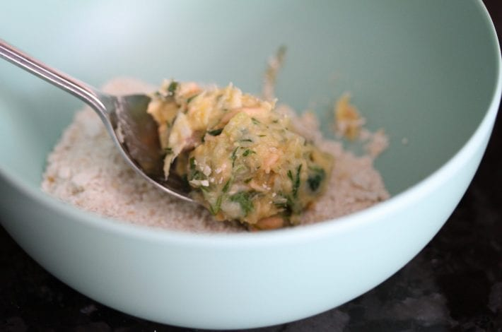 salmon fish cakes recipe - salmon fish cakes - family recipe - toddler recipe