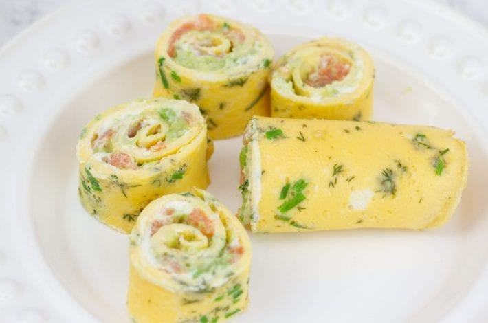 Egg roll up - egg roll with salmon and avocado - packed lunch recipe - lunch box recipe