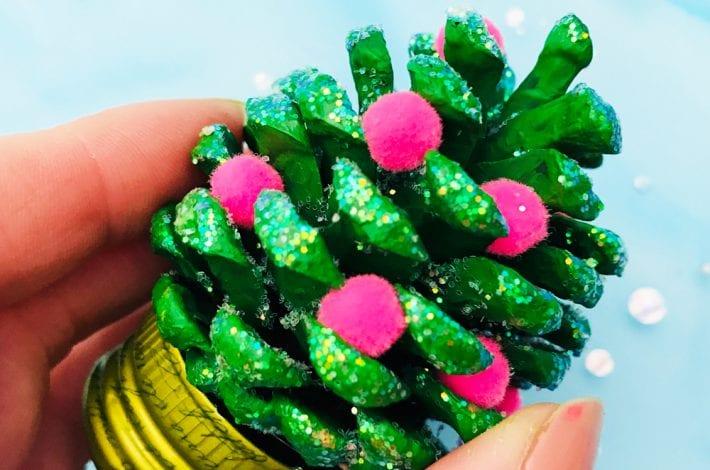 pom pom pine cone craft - enjoy this christmas craft with kids