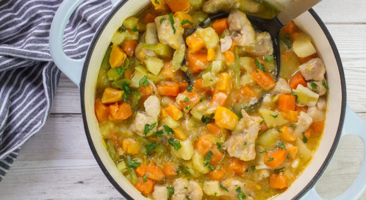 Slow cooker chicken stew for kids - quick and tasty casserole for family dinners