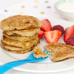 Baby pancakes - Baby banana pancakes, enjoy these delicious weaning pancakes made with just 3 ingredients. Gluten free, dairy free and added sugar free they are a perfect first food for baby