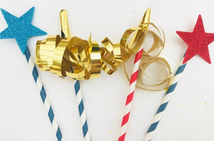 Paw patrol party decorations - make great paw patrol table centrepieces with this fun and easy craft