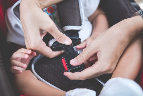 complete beginners guide to car seats - car seat safety and how to choose the right car seat