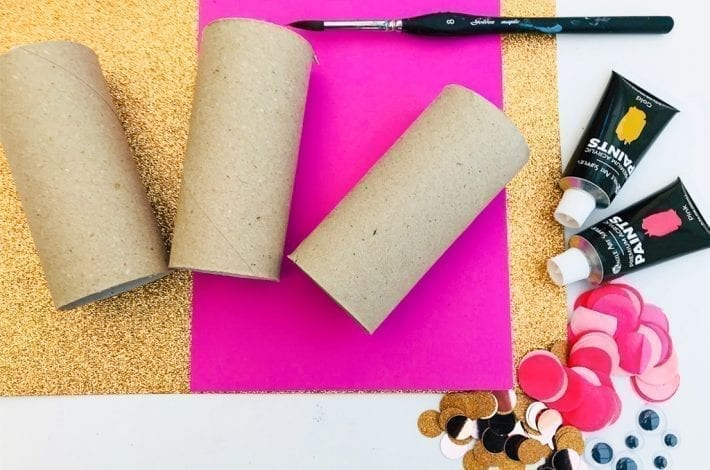 Toilet roll fish craft - make these colourful toilet paper roll fish with sequins or tissue paper as a fun summer craft for kids