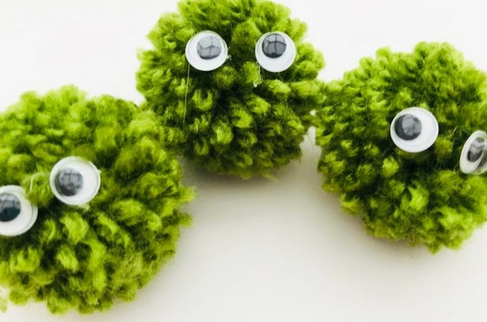 Pom pom peas in a pod - pom pom craft for kids