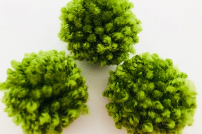 Pom pom peas in a pod - pom pom crafts for kids - enjoy this fun kids craft