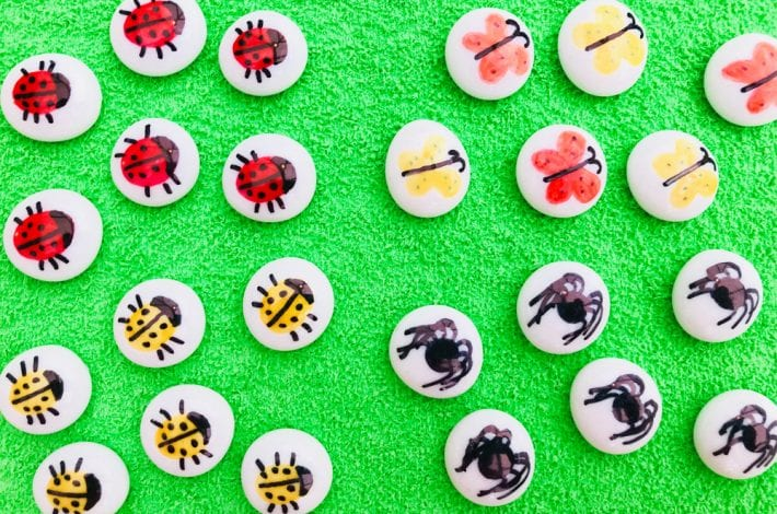 DIY Tic tac toe craft and nature games with your favourite minibeasts- spring craft for kids