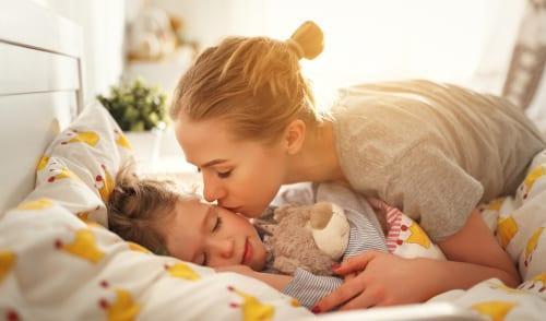 كيف توفر بيئة آمنة لطفلك