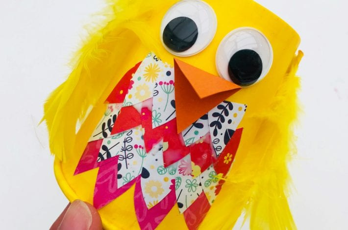 Paper cup birds - enjoy this quick and easy paper cup craft with these DIY birds. Perfect as a kids Easter craft or summer craft