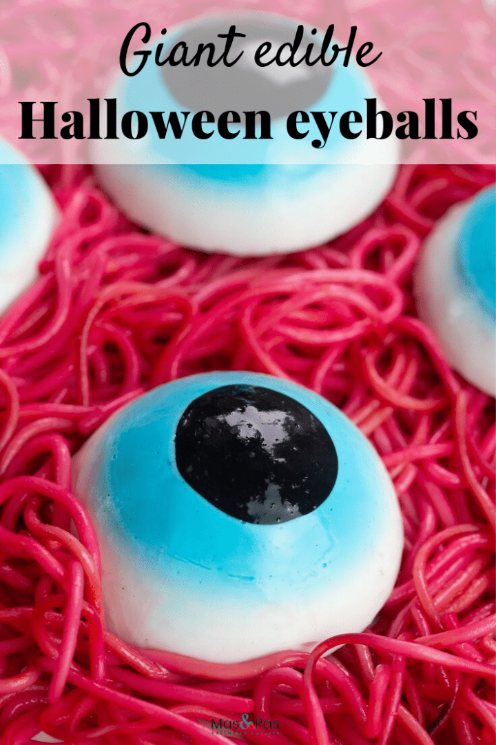 Giant edible Halloween eyeballs - make these edible eyeballs for Halloween party treats or just for fun