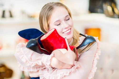 Quick ways to start building big savings - try these savings habits to start family savings reach saving goals and aim to be big savers