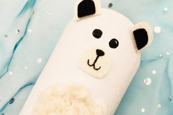 Toilet paper roll polar bear - enjoy making this fun winter craft with the kids this Christmas. A quick and easy holiday activity.