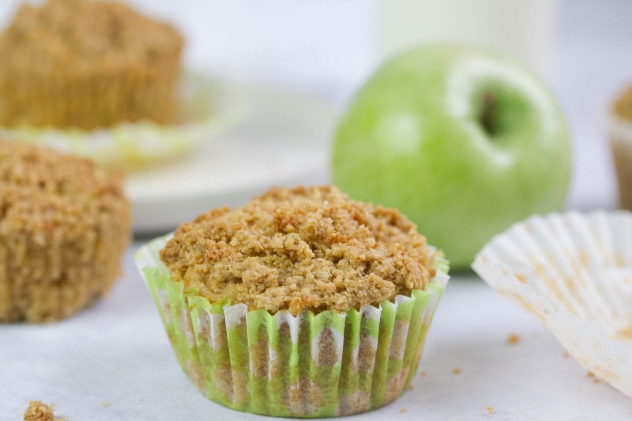 Apple oat bran muffins - easy to bake with the kids and delicious while also high in fibre