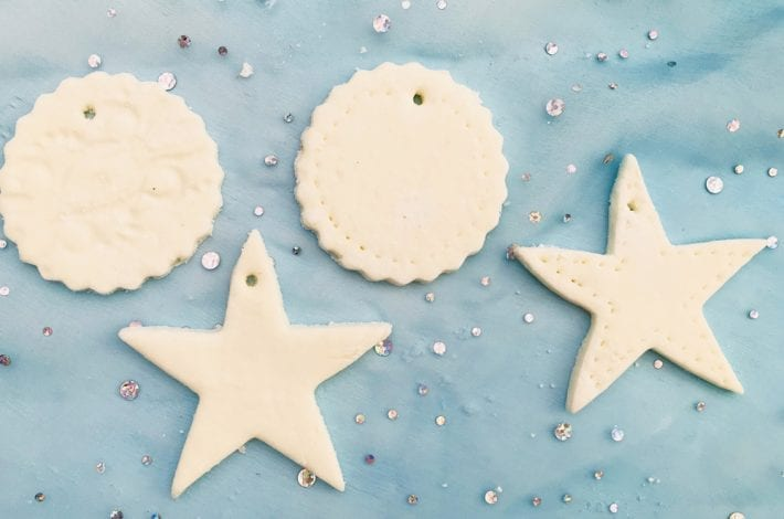 How to make cornflour Christmas decorations with just 2 ingredient cornflour clay. Beautiful Christmas tree decorations in minutes
