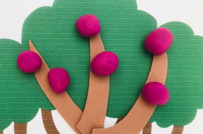 Multiplication activity with playdough and playdough fruits