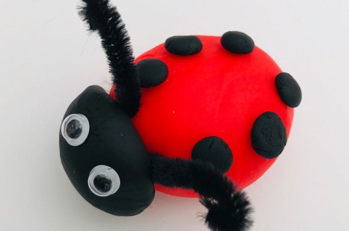 Minibeast activities - playdough minibeasts and insects - learn about minibeasts through play - early years activity