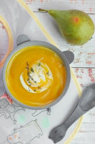 Carrot soup for babies and toddlers - healthy vegetable and carrot soup for kids - family dinners - easy toddler me