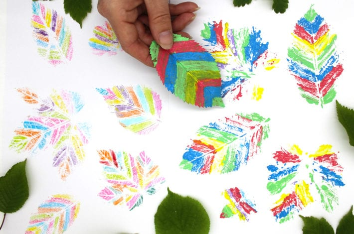 Leaf printing - two ways - make leaf print paintings with felt pens or paints
