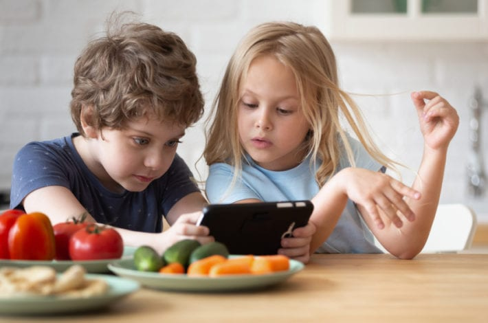 How to foster healthy digital habits in Kids - Screen time