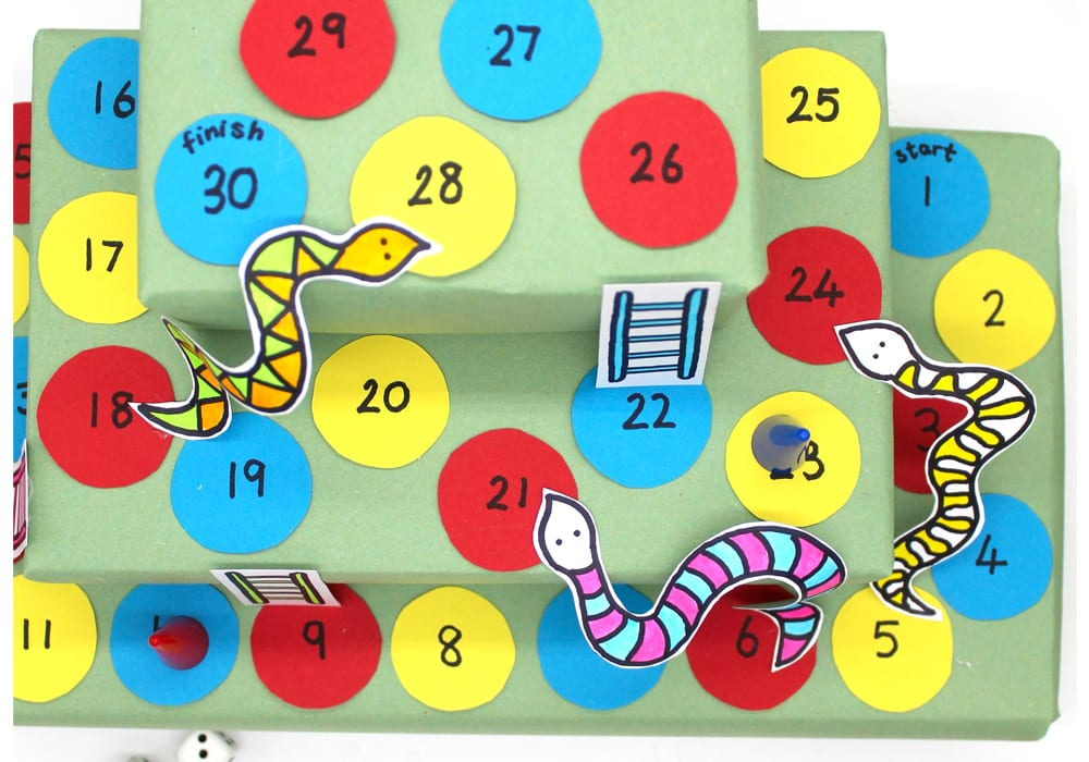 Multi level snakes and ladders game - DIY snakes and ladders - 3D snakes and ladders - 3D board games