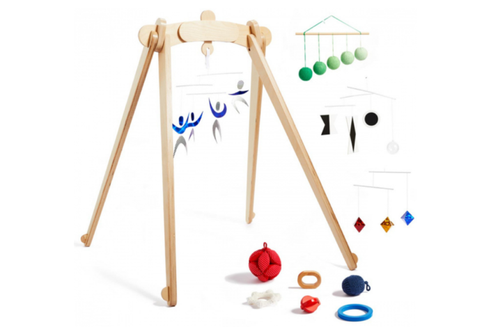 Monti Kids Review - Montessori subscription boxes for baby and toddler